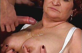 پورنو sex پستان روسیه. گل میخ طاس به شدت fucks در دو خواهر نوجوان روی تخت