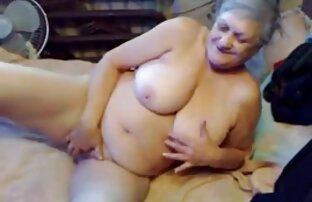 مرد ارائه سکس و سینه یک دوست به فاک دوست دختر خود را برای پول