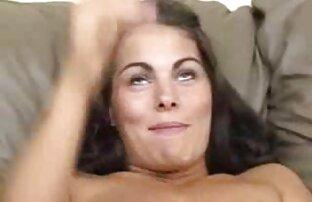 سینه کلان, سوفیا لئون لب پیچیده در اطراف فیلم سکسی مالیدن سینه بزرگ سیاه و سفید دیک