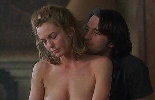 من نوازش خودم خیلی سخت است که بیدمشک من تنگ می دانلود کلیپ سکسی سینه شود