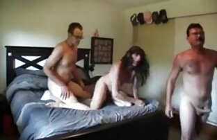 سه لزبین ممه سکسی نوجوان در لباس زیر زنانه سکسی لیسیدن بیدمشک شیرین