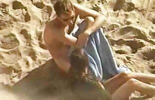 دو مرد داغ پس از بازی گلف سکس دخترک سکس با پستان معصوم
